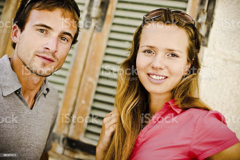 매력적인 젊은 커플입니다 royalty-free 스톡 사진