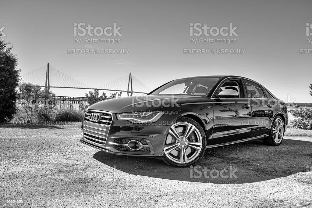 Audi 6 Series 4 foto