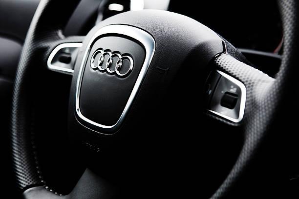 Cтоковое фото Audi A3 Quattro Руль