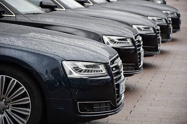 Cтоковое фото Audi лимузине в строке