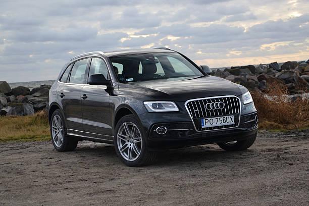 Cтоковое фото Audi Q5 Этажи на тест-драйв,