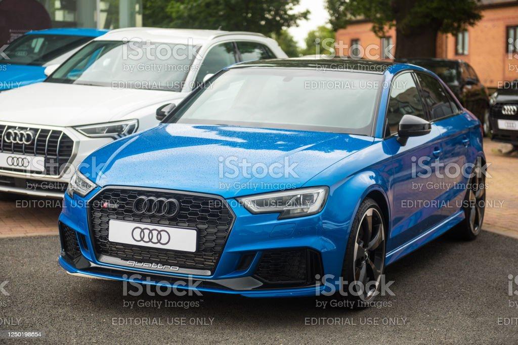 Audi Rs3 Saloon En Pintura Azul Ara Foto De Stock Y Mas Banco De Imagenes De A La Moda Istock