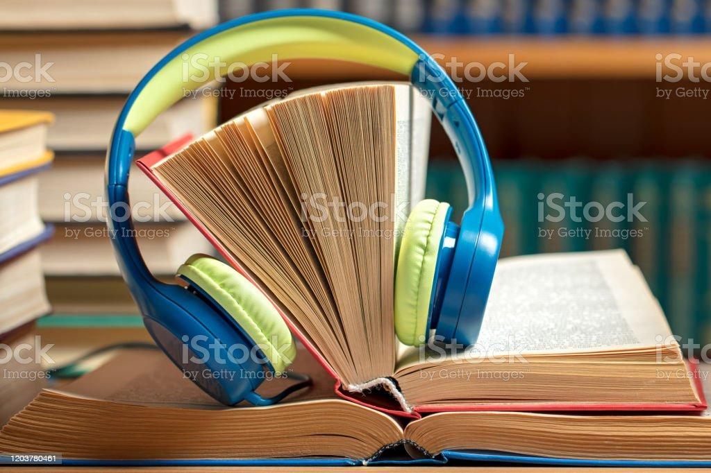 Clip Art Borders Books - Cliparts.co