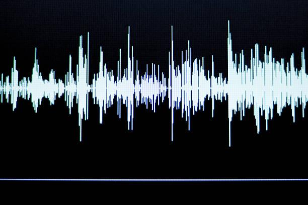 estudio de sonido de grabación de voz, audio wave - mp4 fotografías e imágenes de stock
