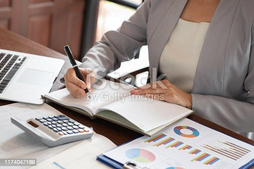 istock audit accounting business 1174047186