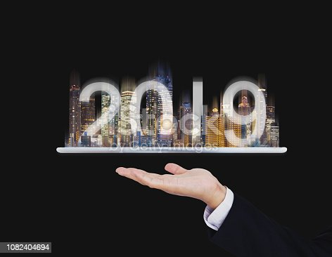 1082409706 istock photo 2019 augmented reality technology, new technology and new trend business investment concept 1082404694