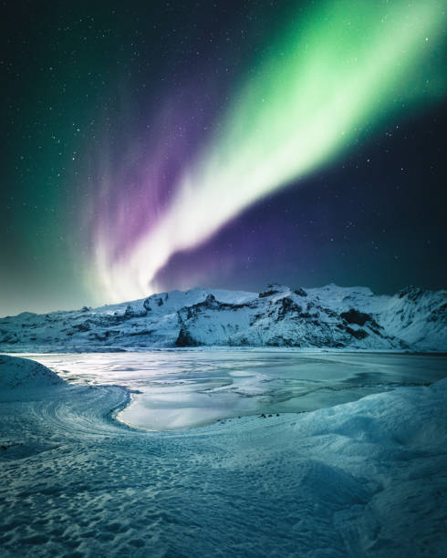 aurora borealis in iceland at jakulsarlon aurora borealis in iceland jokulsarlon stock pictures, royalty-free photos & images