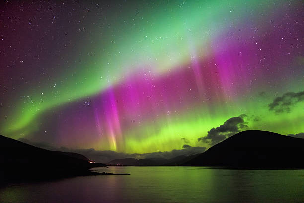 aurora borealis - northern lights, garve, highlands scotland - aurora boreale foto e immagini stock