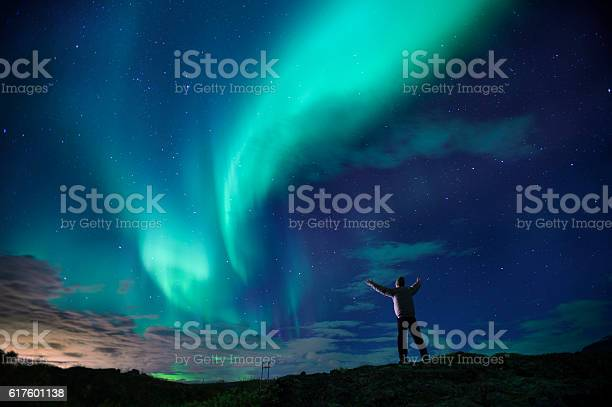 Aurora borealis over southern iceland picture id617601138?b=1&k=6&m=617601138&s=612x612&h=h2jq5cdlbbd7uqn5dzfg4olaowrd71mc adh7vm ijw=