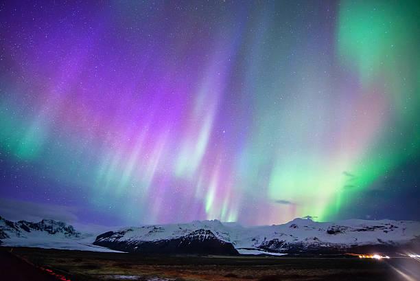 Aurora ディスプレイスカフタフェットル、アイスランド ストックフォト
