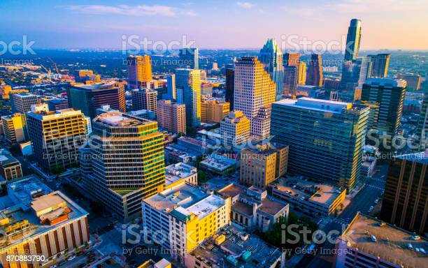 Austin texas downtown skyline cityscape during golden hour picture id870883790?b=1&k=6&m=870883790&s=612x612&h=ufcfg6qkfjjdg8oe6ekpmrujclva4vb2xtvfwchfmgg=