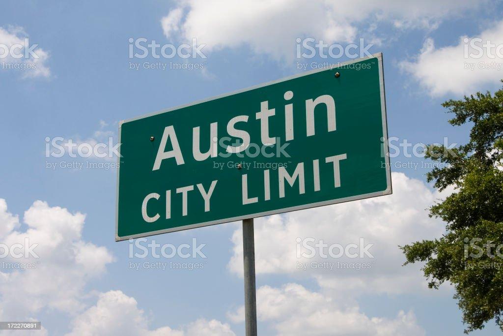 Austin, Texas green street limit sign with white text stock photo