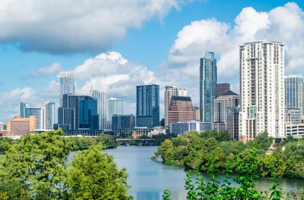 Austin Texas Travis Höhen moderne steigende Skyline Stadtbild Ansicht der Innenstadt – Foto