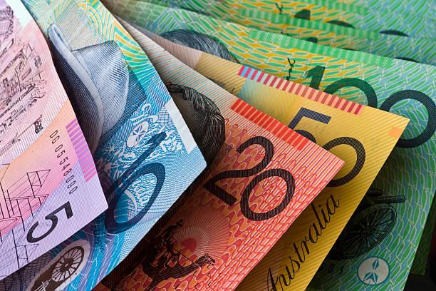 австралийская валюта - dollar bill стоковые фото и изображения