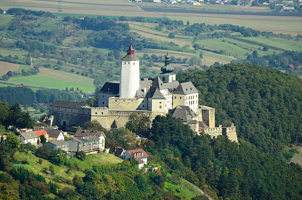 österreich, burgenland - burgenland stock-fotos und bilder