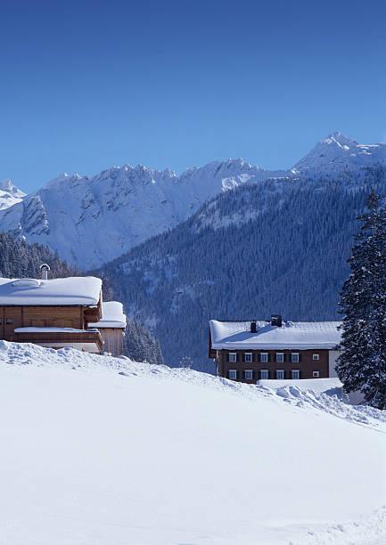 österreichische landschaft (bildgröße xxl erhältlich - wohnlandschaft xxl stock-fotos und bilder
