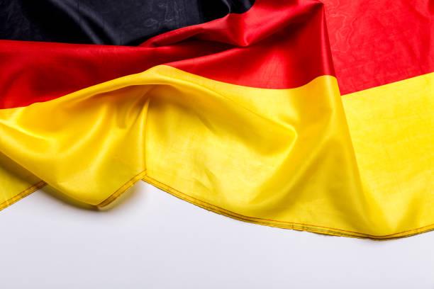 authentische flagge der deutschland - stoffe berlin stock-fotos und bilder