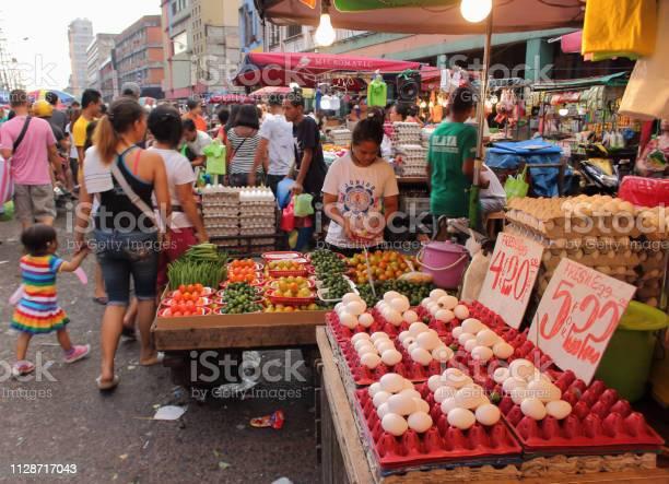 Authentic street market at chinatown in manila picture id1128717043?b=1&k=6&m=1128717043&s=612x612&h=wueqcencrmuavcbwimhz tf0dilhsa tj6p1way8e g=