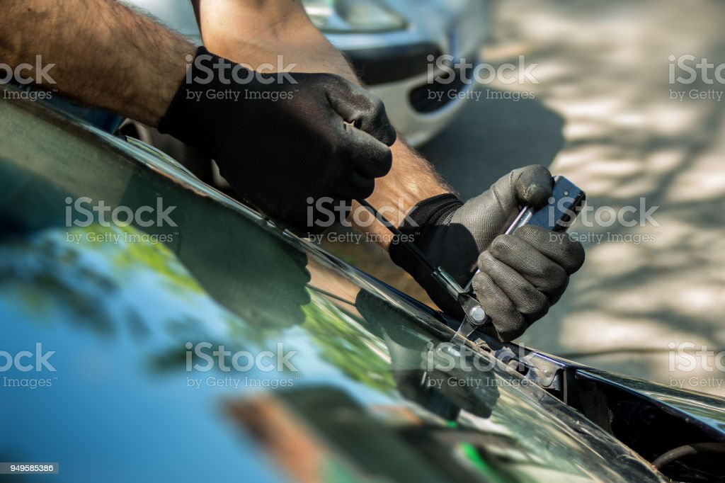 auto glass repair and windshield replacement – zdjęcie
