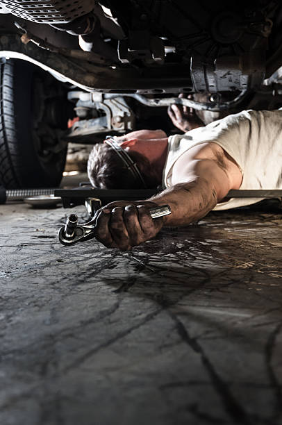 auto mechanic - kellyjhall stock pictures, royalty-free photos & images
