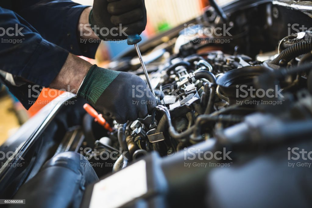 best mechanic stock photos  pictures  u0026 royalty-free images
