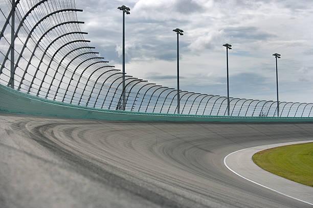 carrera de coches de carreras doble - irl indycar series fotografías e imágenes de stock