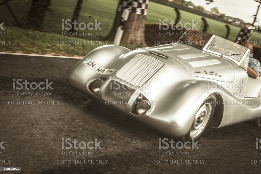 Auto Union Wanderer Streamline Special aluminium-bodied 1938...