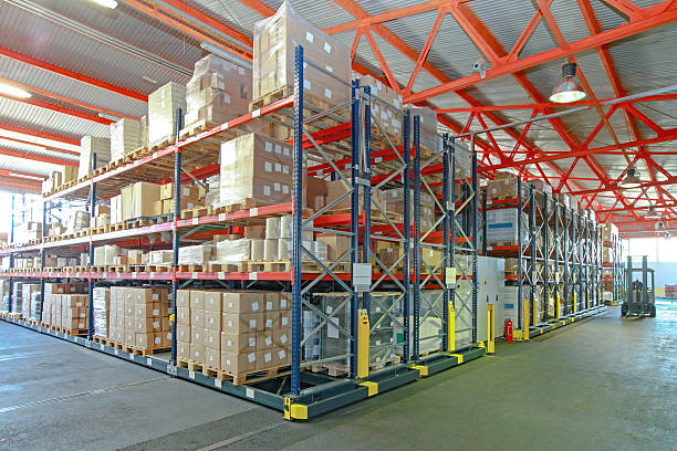 Automatizado de estanterías de almacenamiento - foto de stock