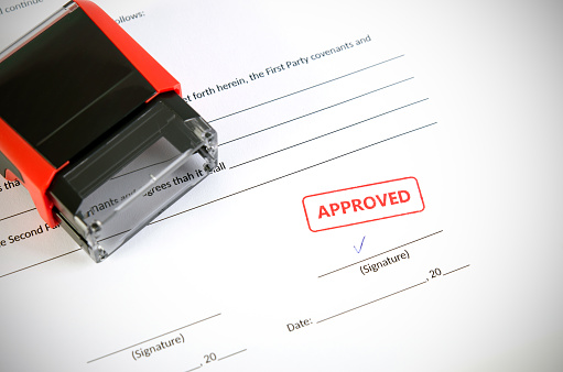 854317150 istock photo Automatic stamp on the contract document 862302226