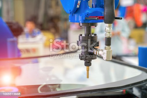 Automobile manufacturing, automotive glass coating technology