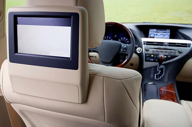 automotive headrest fernseher - kopfstütze stock-fotos und bilder