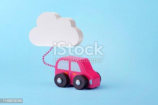 913581100 istock photo Autonomous Driverless Car Concept 1140013104