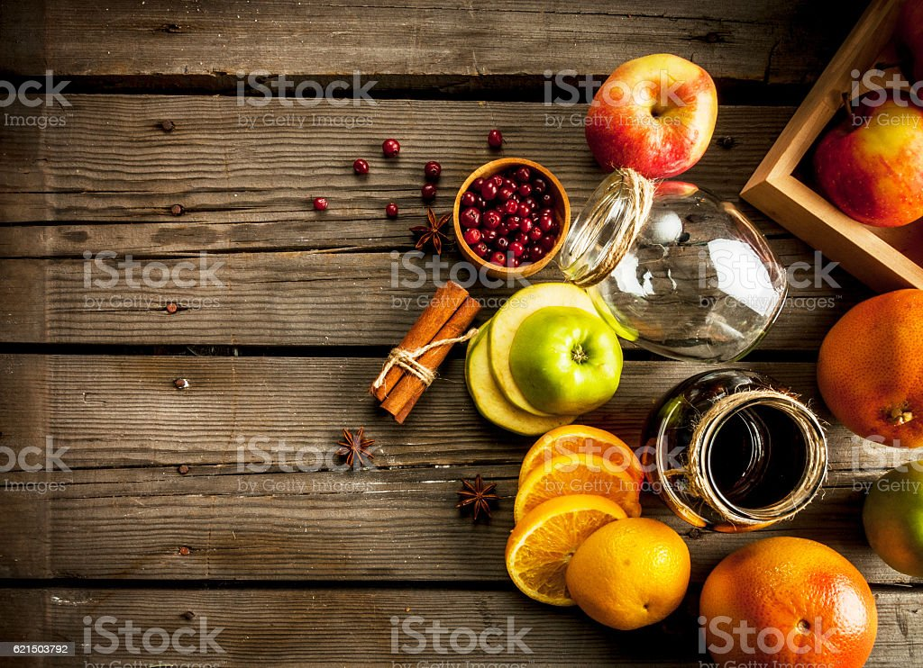 Autumn and winter sangria photo libre de droits