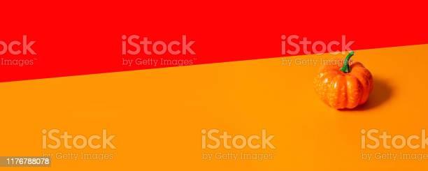 Autumn composition pumpkin on orange background picture id1176788078?b=1&k=6&m=1176788078&s=612x612&h=ue nd vyupdqn3zfadw2lrtw4z6pnep95ekq0jdlof4=