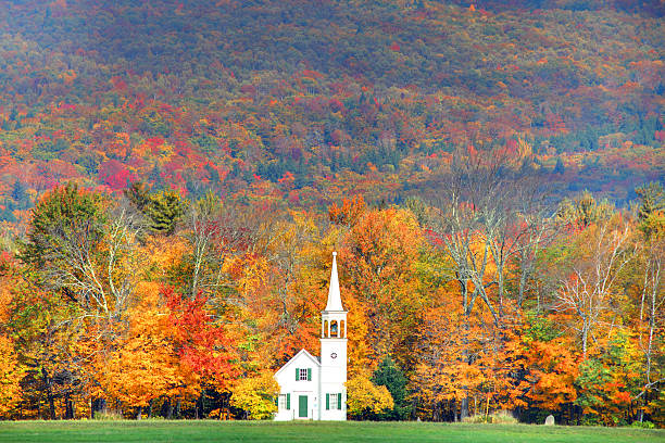 autumn in new england - new hampshire stockfoto's en -beelden