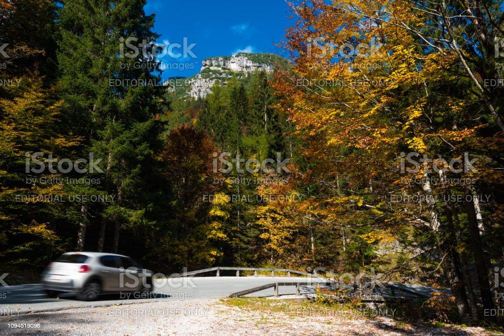 Herbst im Triglav National Park, Tolmin, Slowenien – Foto