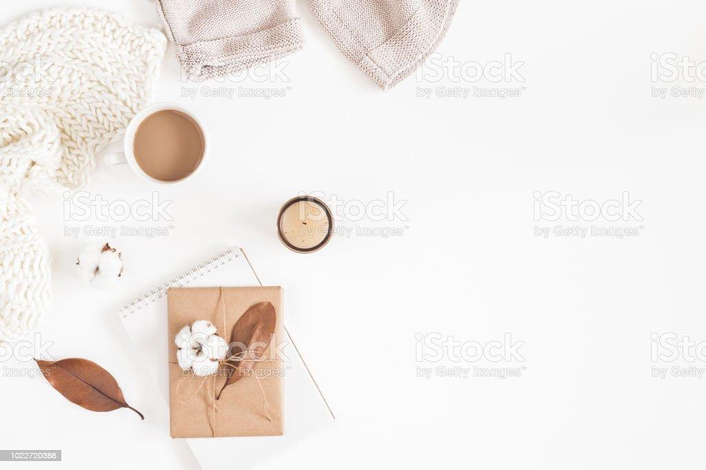Fotografía de Composición De Otoño O Invierno Taza De Café Regalo ...