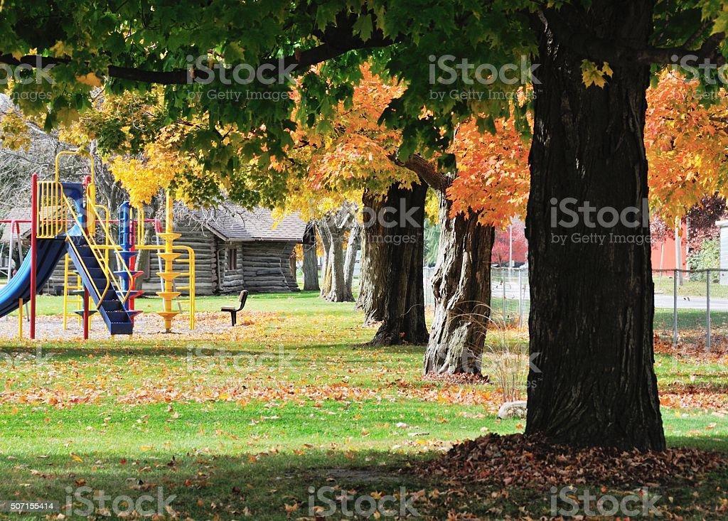 Herbst-Spielplatz – Foto