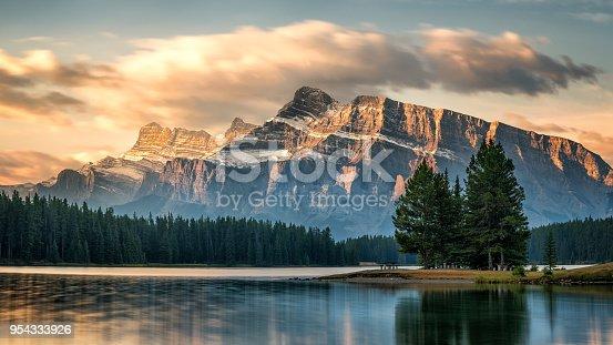 istock Autumn Sunrise on Mount Rundle from Two Jack Lake - Banff National Park 954333926