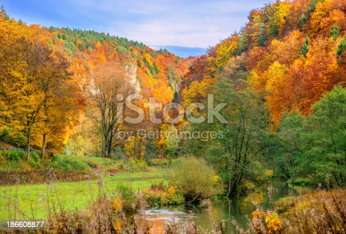 Autumn scenery in a valley near Sachsenmühle and Gößweinstein in the Franconian Switzerland (Fränkische Schweiz).