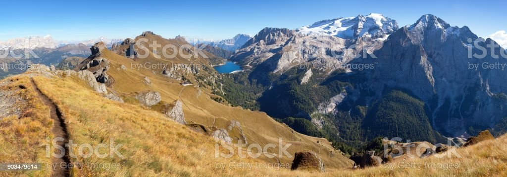 Autumnal view of Sella Gruppe and Piz Boe stock photo