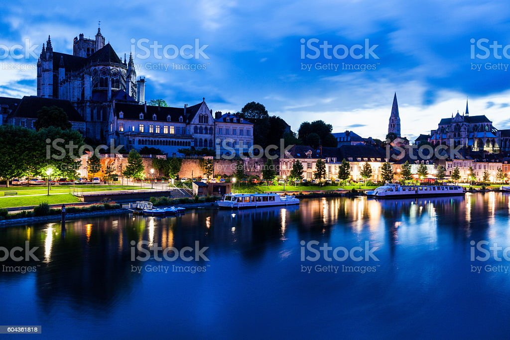 Auxerre along Yonne River - Photo