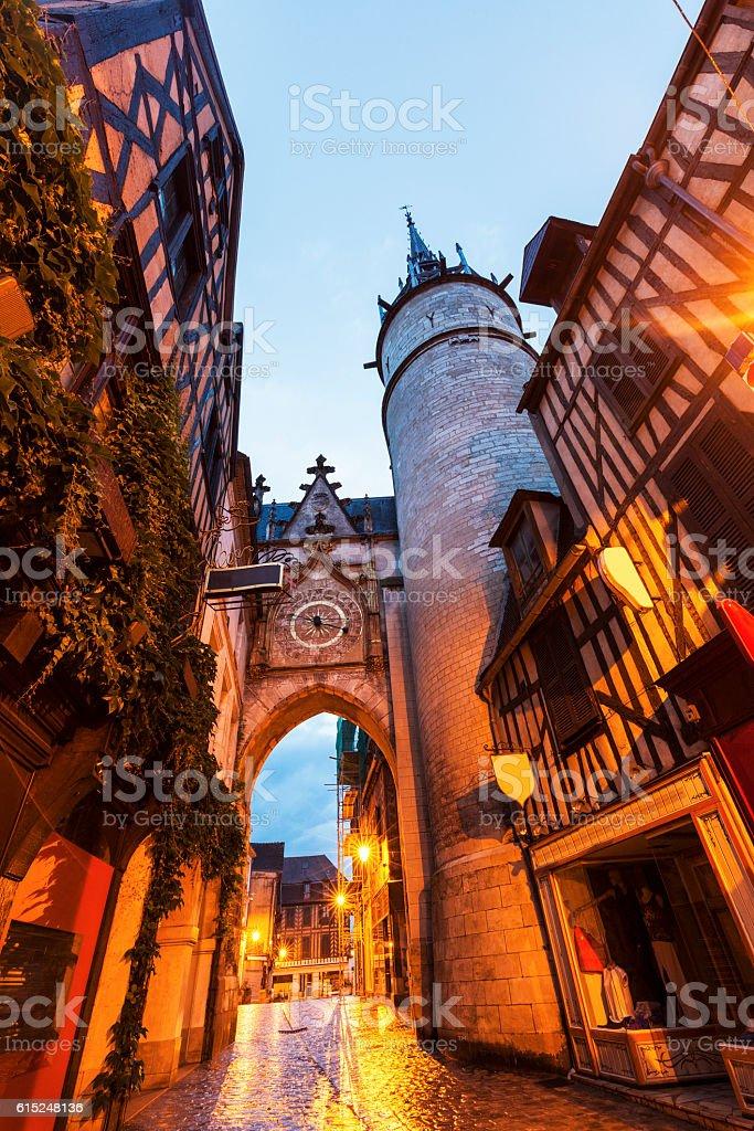 Auxerre tour de l'horloge - Photo