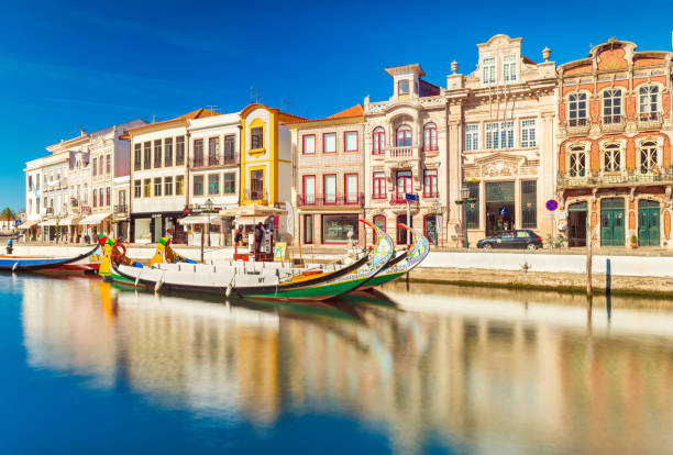 """aveiro, portugal: cityscape of a small, picturesque town, also known as """"the portuguese venice"""" - aveiro imagens e fotografias de stock"""