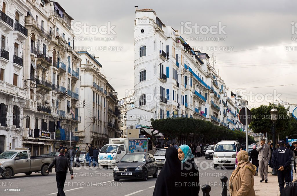 Avenue El Khettabi à Alger - Photo