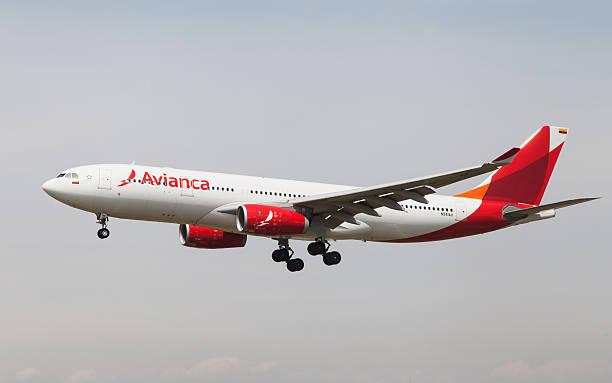 Avianca Airbus A330 - foto de acervo