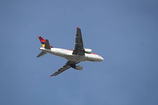 Avianca avião - foto de acervo