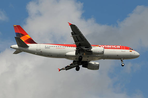 Avianca passageiro avião a jato - foto de acervo
