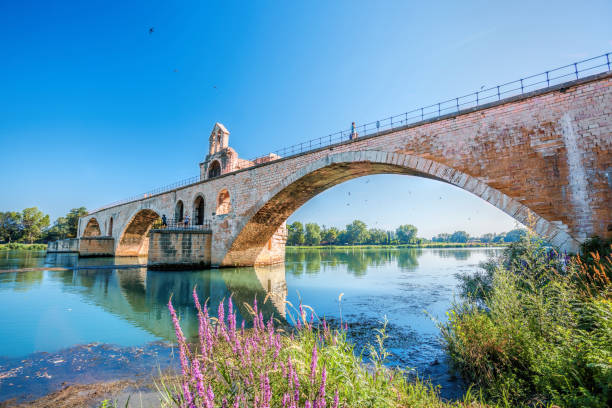 Avignon old bridge in Provence, France Avignon old bridge in Provence, France provence alpes cote d'azur stock pictures, royalty-free photos & images