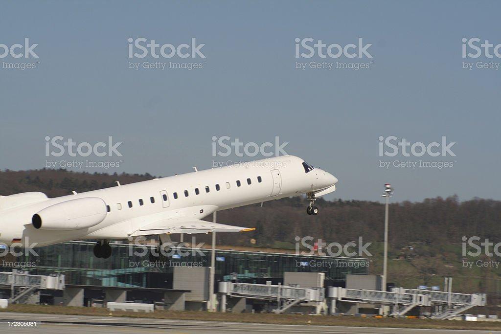 avioneta despegando stock photo